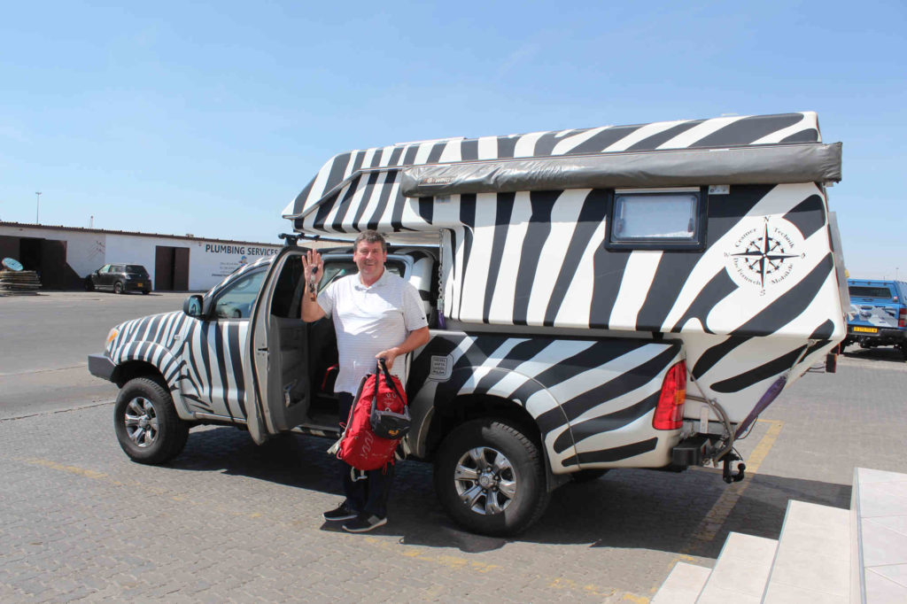 Das Zebra steht wohlbehalten bei DB Schenker in Walvis Bay.